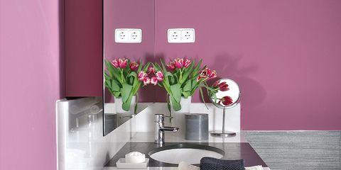 Room, Interior design, Petal, Interior design, Bouquet, Flower Arranging, Rectangle, Home accessories, Cut flowers, Vase,