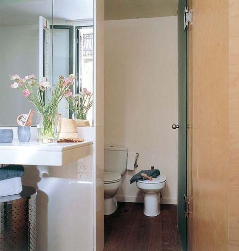 Room, Property, Plumbing fixture, Toilet seat, Wall, Interior design, Toilet, Floor, Purple, Ceramic,