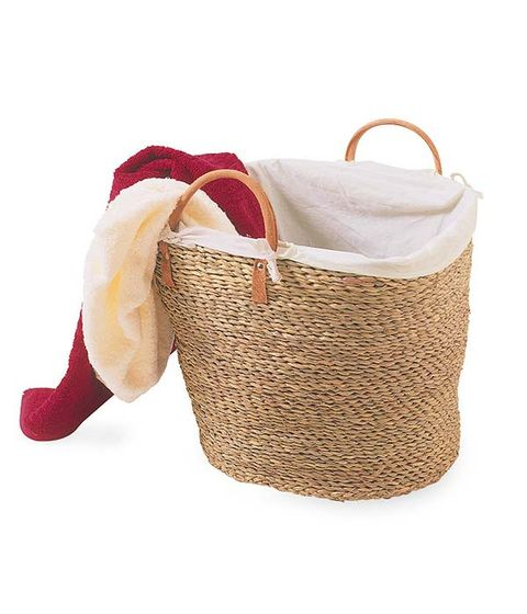 Basket, Storage basket, Carmine, Wicker, Home accessories, Beige, Maroon, Picnic basket, Bicycle accessory, Bag,