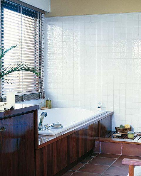 Plumbing fixture, Room, Interior design, Architecture, Property, Tap, Tile, Glass, Flooring, Floor,