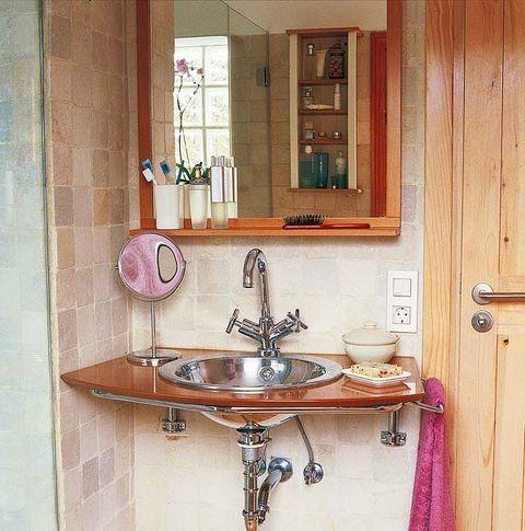 Plumbing fixture, Bathroom sink, Room, Tap, Wood, Property, Wall, Interior design, Purple, Sink,