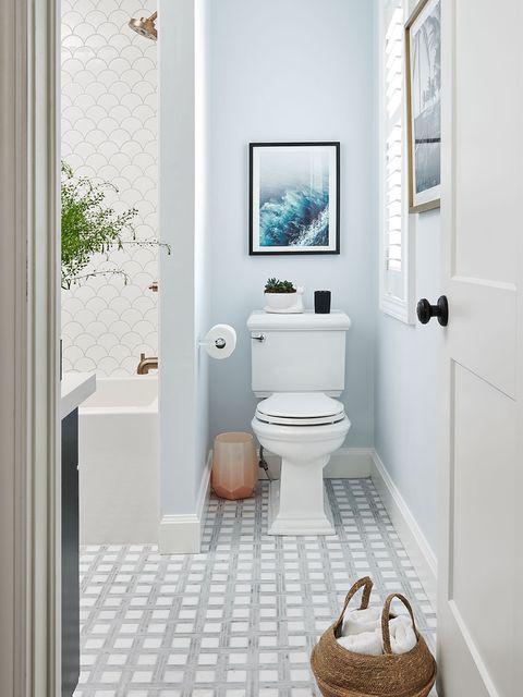 Bathroom, Room, Property, Floor, Interior design, Tile, Plumbing fixture, House, Toilet, Bathroom accessory,