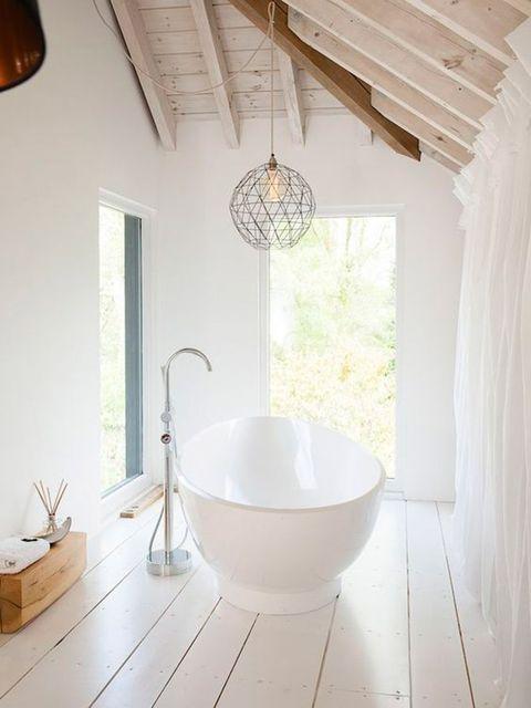 Wood, Room, Property, Floor, Interior design, Ceiling, Wall, Flooring, Light fixture, Interior design,