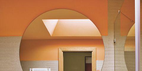 Interior design, Table, Room, Wall, Interior design, Mirror, Bouquet, Flower Arranging, Desk, Plywood,
