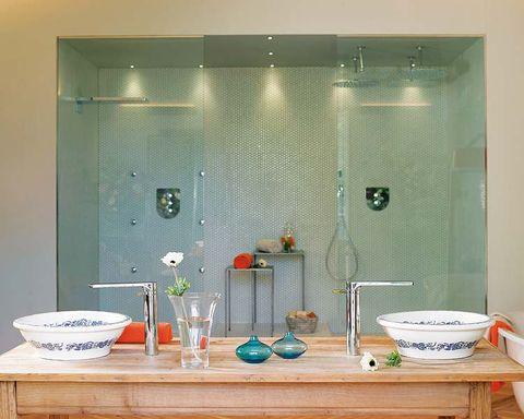 Glass, Room, Wall, Plumbing fixture, Interior design, Shower head, Fixture, Household supply, Ceramic, Serveware,
