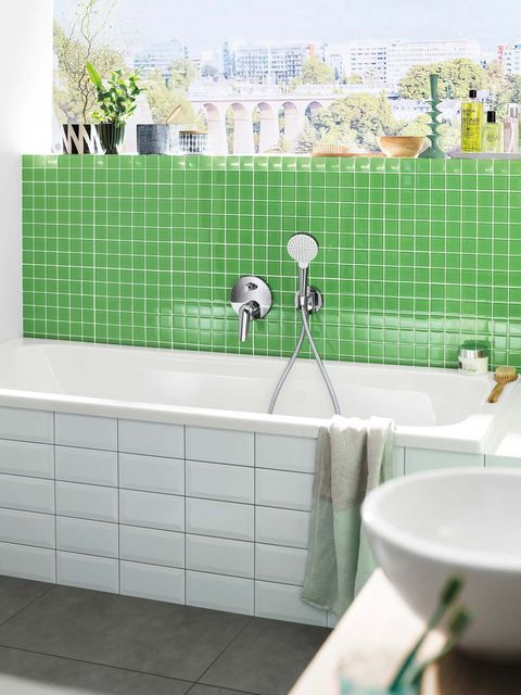 Bathroom, Tile, Green, Room, Property, Wall, Interior design, Ceramic, Flooring, Architecture,