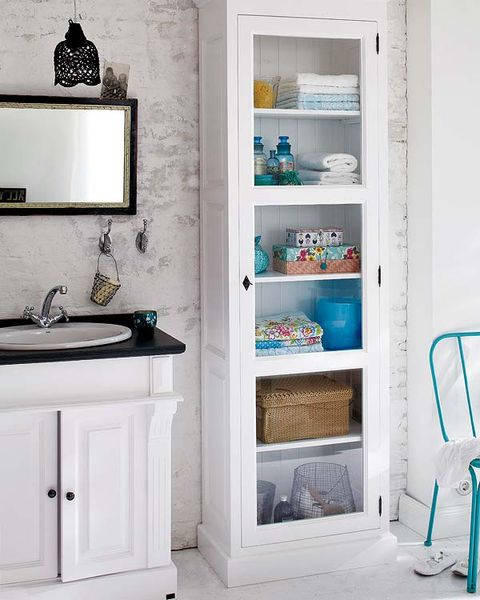 Shelf, Room, Bathroom cabinet, Furniture, Bathroom, Turquoise, Bathroom accessory, Cabinetry, Shelving, Interior design,