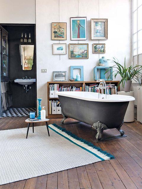 Wood, Room, Interior design, Floor, Hardwood, Flooring, Wall, Interior design, Picture frame, Fixture,