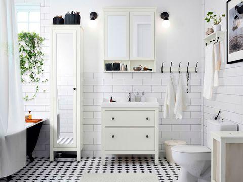 baño moderno de ikea con plantas