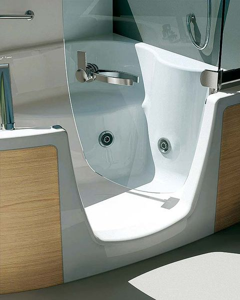 Plumbing fixture, Interior design, Wall, Glass, Fixture, Bathtub accessory, Bathtub, Composite material, Bathroom, Bathroom accessory,