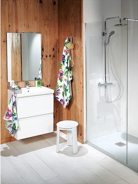 Room, Wall, Interior design, Floor, Flooring, Plumbing fixture, Shower head, Fixture, Household supply, Interior design,