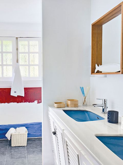 Bathroom, Room, Blue, Property, Bathroom cabinet, Interior design, Furniture, Sink, Tap, Azure,