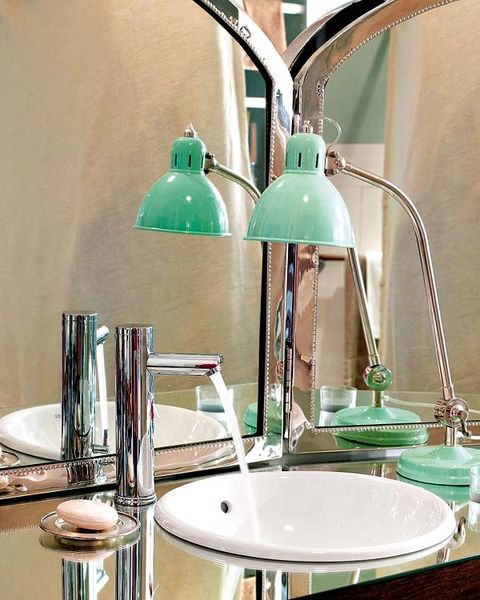 Blue, Green, Interior design, Room, Serveware, Dishware, Teal, Turquoise, Aqua, Wall,