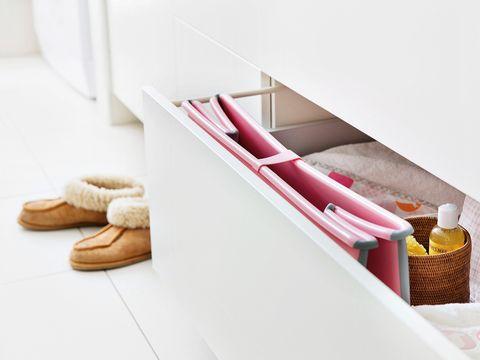 Beige, Basket, Home accessories, Rope, Wicker, Storage basket, Towel, Bathtub,