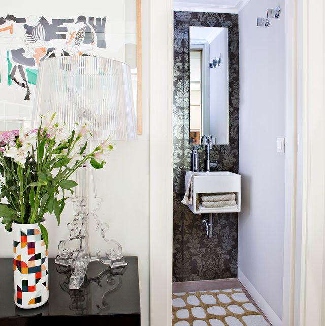 aprovechar el espacio en un baño pequeño