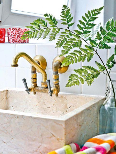 grifo vintage para modernizar el baño