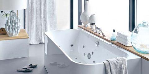 Room, Interior design, Product, Floor, Plumbing fixture, Property, Flooring, Architecture, Glass, Bathtub,