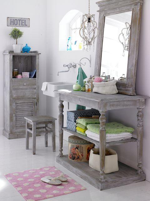 Room, Green, Interior design, White, Floor, Home, Wall, Flooring, Teal, Shelving,