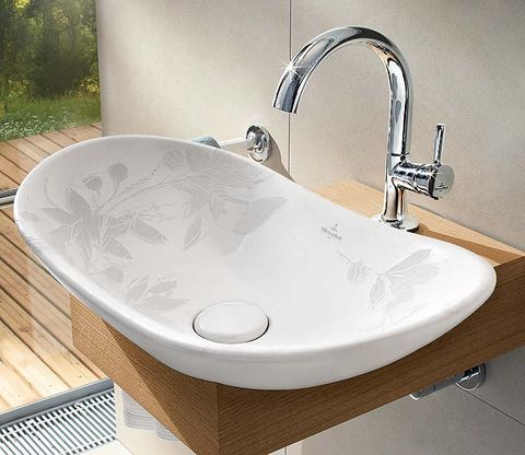Plumbing fixture, Architecture, Property, Tap, Wall, Sink, Bathroom accessory, Bathroom sink, Plumbing, Hardwood,