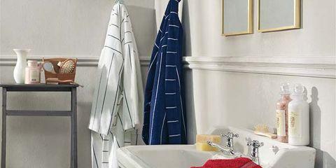 Blue, Room, Textile, Interior design, Flag, Linens, Electric blue, Cobalt blue, Maroon, Home accessories,
