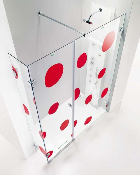 Glass, Carmine, Material property, Rectangle, Transparent material, Design, Coquelicot, Silver,