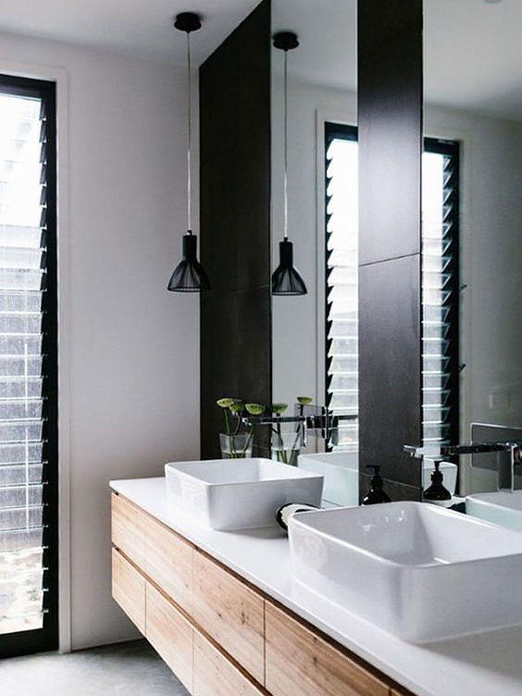 No Se Necesita Mucho Para Que Un Baño Parezca Salido De Una Revista, Este,  De Líneas Y Colores Simples Tiene El Perfecto Toque City.