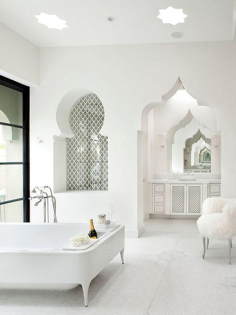 White, Room, Interior design, Tile, Bathroom, Property, Floor, Wall, Furniture, Ceiling,