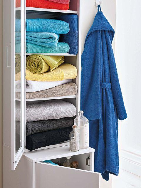 Blue, Towel, Room, Shelf, Turquoise, Aqua, Clothes hanger, Yellow, Linens, Textile,