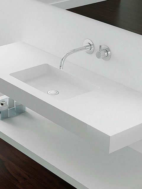 Plumbing fixture, Property, Architecture, Floor, Tap, Sink, Wood flooring, Bathroom sink, Bathroom accessory, Laminate flooring,