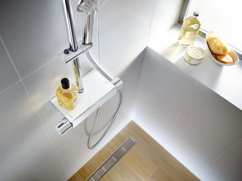 Sink, Tap, Plumbing fixture, Room, Tile, Material property, Bathroom, Bathroom sink, Plumbing,