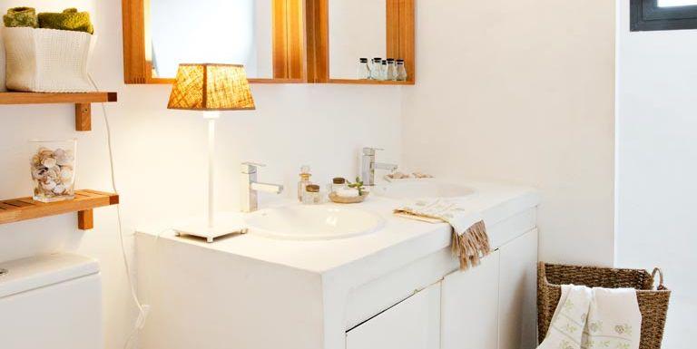 Renovar el ba o en un fin de semana for Como modernizar un dormitorio clasico