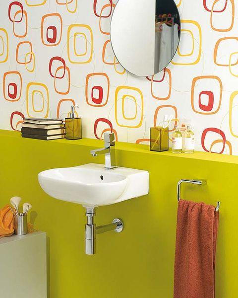 Renueva las paredes del ba o for Revestimientos vinilicos para azulejos