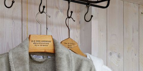 Product, Textile, White, Collar, Clothes hanger, Fashion, Grey, Metal, Iron, Home accessories,