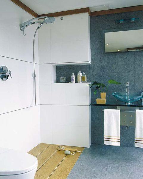 Plumbing fixture, Room, Floor, Interior design, Flooring, Architecture, Property, Tile, Bathroom sink, Wall,