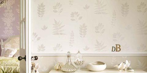 Wood, Room, Interior design, White, Furniture, Serveware, Drawer, Porcelain, Floor, Hardwood,