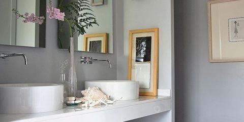 Room, Interior design, Wall, Picture frame, Interior design, Countertop, Plumbing fixture, Shelving, Grey, Beige,