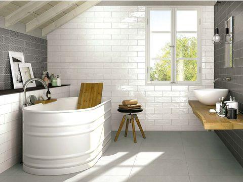 Room, Interior design, Floor, Wall, Flooring, Plumbing fixture, Ceiling, Interior design, Tile, Fixture,