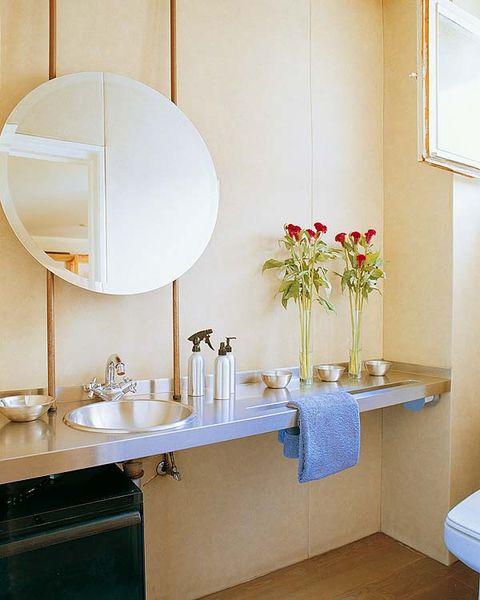 Plumbing fixture, Room, Bathroom sink, Interior design, Property, Wall, Interior design, Tap, Sink, Bathroom cabinet,