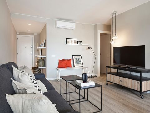 Room, Wood, Interior design, Floor, Wall, Ceiling, Furniture, Flooring, Table, Linens,