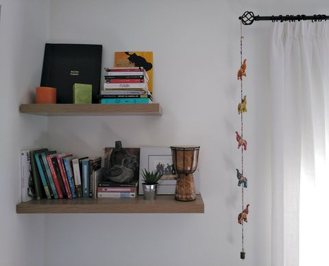Shelf, Shelving, Room, Furniture, Wall, Clothes hanger, Bookcase, Interior design, Home, Curtain,