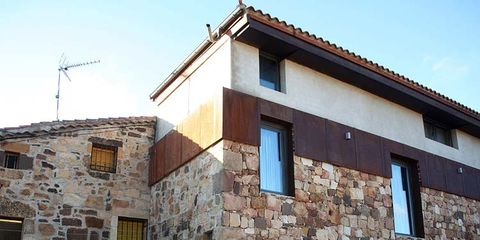 Window, Wall, House, Building, Stairs, Door, Facade, Real estate, Fixture, Residential area,