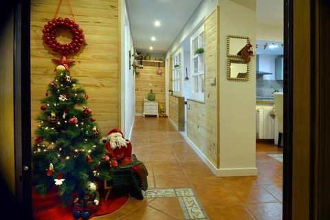 Lighting, Interior design, Floor, Flooring, Room, Christmas decoration, Christmas tree, Interior design, Christmas ornament, Ceiling,