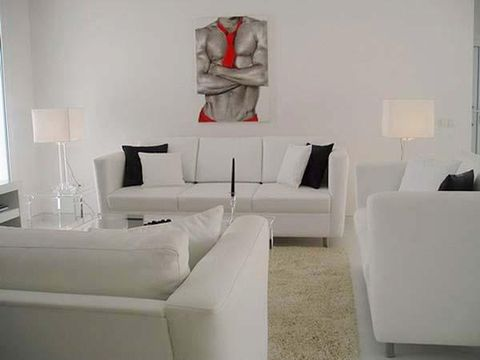 Room, Interior design, Wall, Living room, White, Couch, Furniture, Floor, Interior design, Grey,