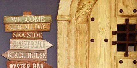 Wood, Wood stain, Hardwood, Tan, Door, Home door, Plank, Varnish, Plywood, Commemorative plaque,