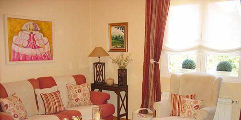 Wood, Room, Interior design, Living room, Floor, Textile, Home, Furniture, Flooring, Table,