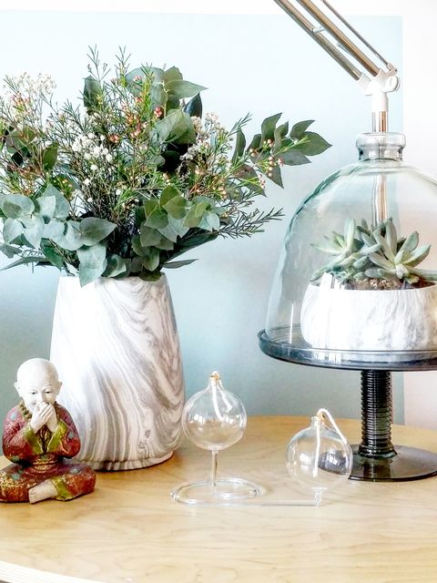 Glass, Bouquet, Centrepiece, Artifact, Serveware, Cut flowers, Petal, Flower Arranging, Still life photography, Interior design,