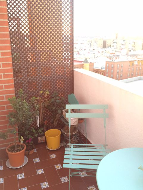 Flowerpot, Apartment, Houseplant, Peach, Pottery, Balcony, Brick, Outdoor furniture, earthenware, Cup,
