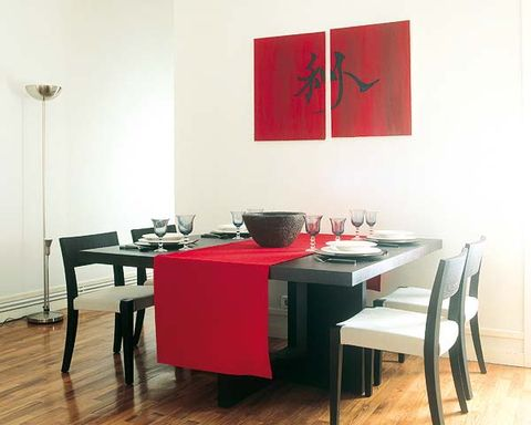 Wood, Room, Floor, Table, Interior design, Furniture, Flooring, Hardwood, Wood flooring, Invertebrate,