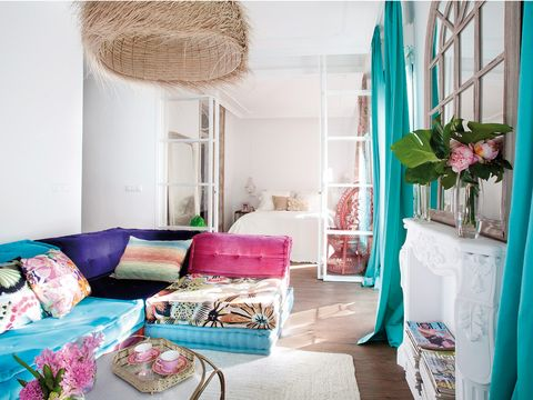 Room, Pink, Interior design, Furniture, Living room, Blue, Turquoise, Purple, Green, Property,