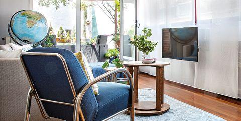 Room, Furniture, Interior design, Living room, Property, Floor, Building, House, Ceiling, Home,